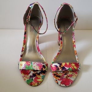 Worthington summer flower sandals size 9